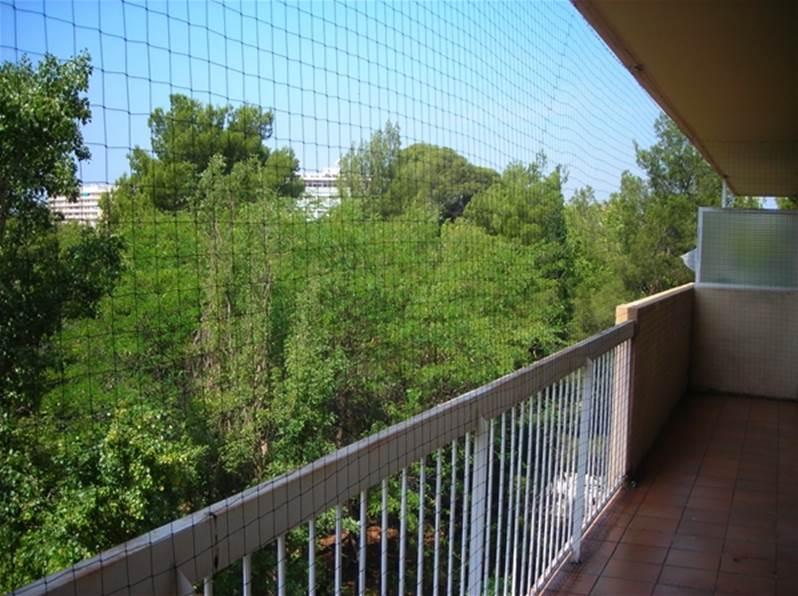 filet anti pigeons pour balcon